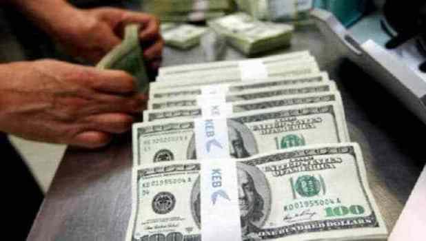 توقعات أسعار الدولار في مصر 2019 | هل ستنخفض العُملة الأمريكية أم تُعاود الورقة الخضراء تعافيها