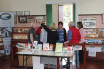 Volunteers John, Lyn, Rod & Linda helping visitors