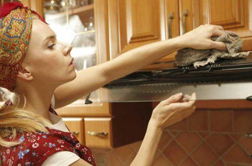 Як відмити кухонні шафи від жиру і нальоту: спосіб з Європи