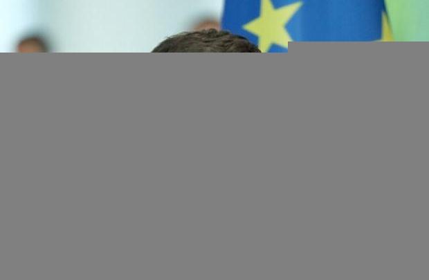 """""""Слуга народу"""" Безугла: Зеленського не викликатимуть на засідання ТСК щодо """"вагнерівців"""", він – недоторканна особа"""