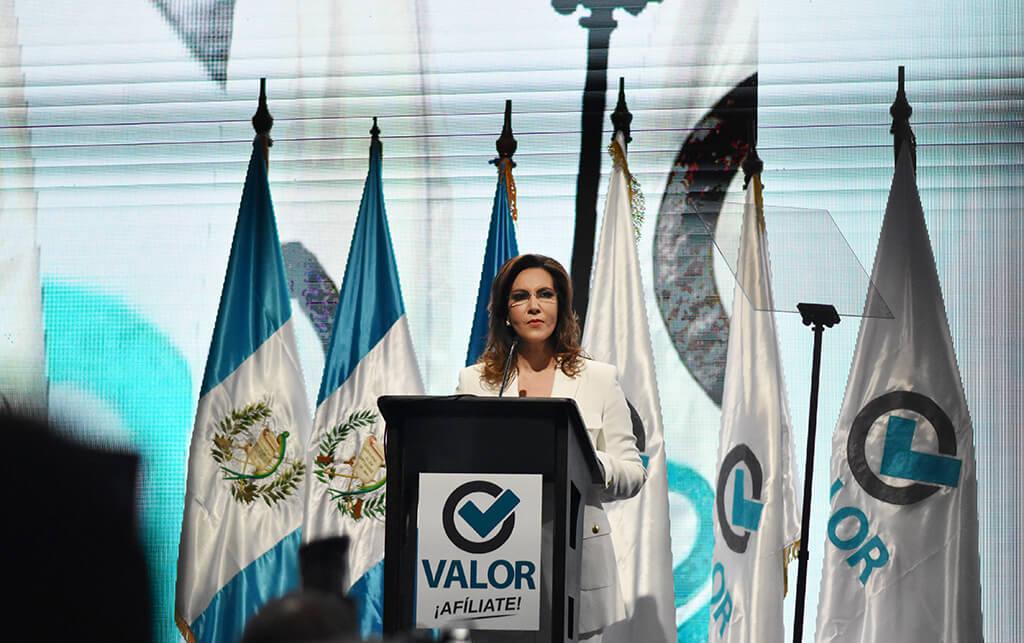 2019-02-17-Mujeres a la presidencia-Zury Rios en asamblea