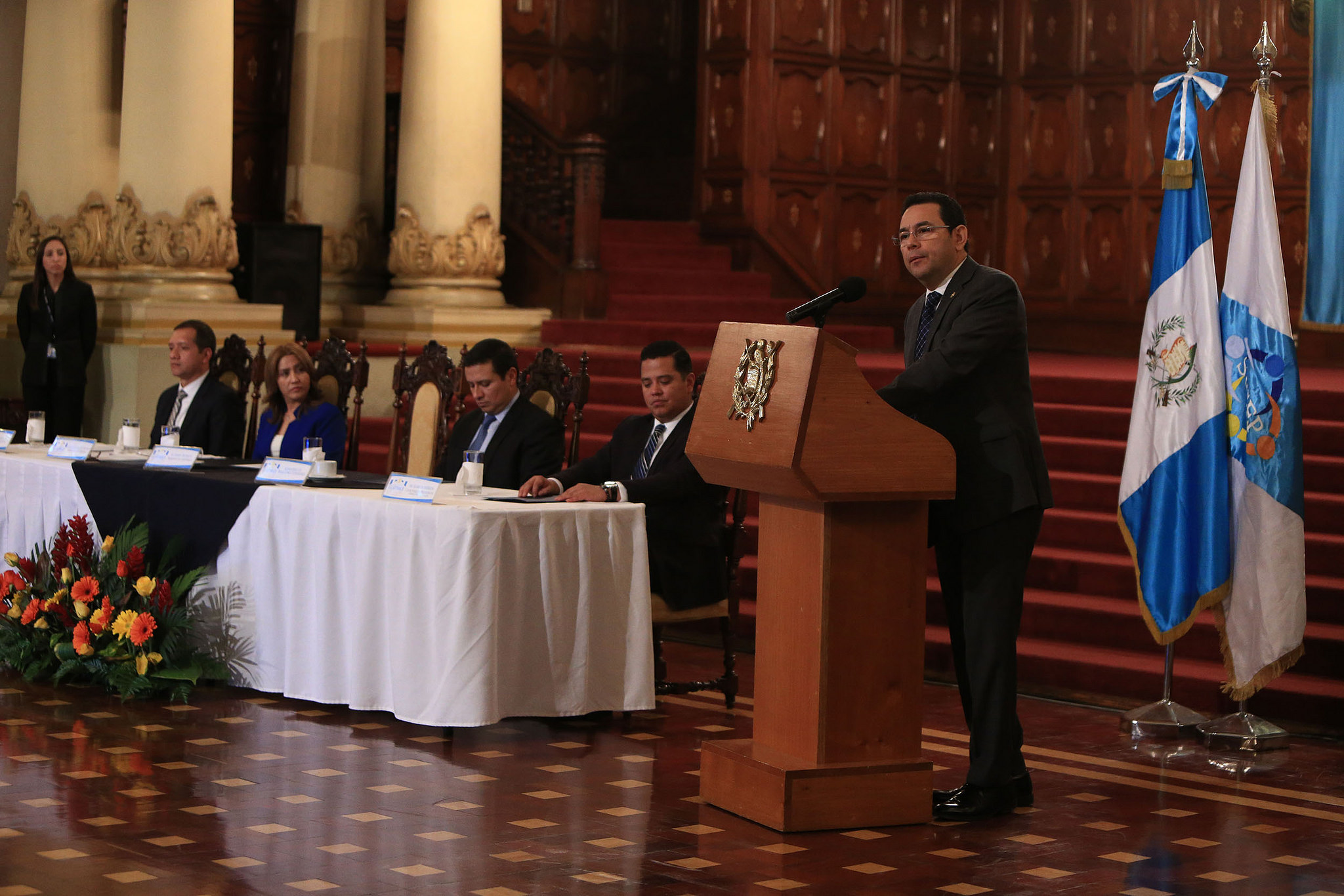 La traición de Jimmy Morales a los migrantes que lo financiaron