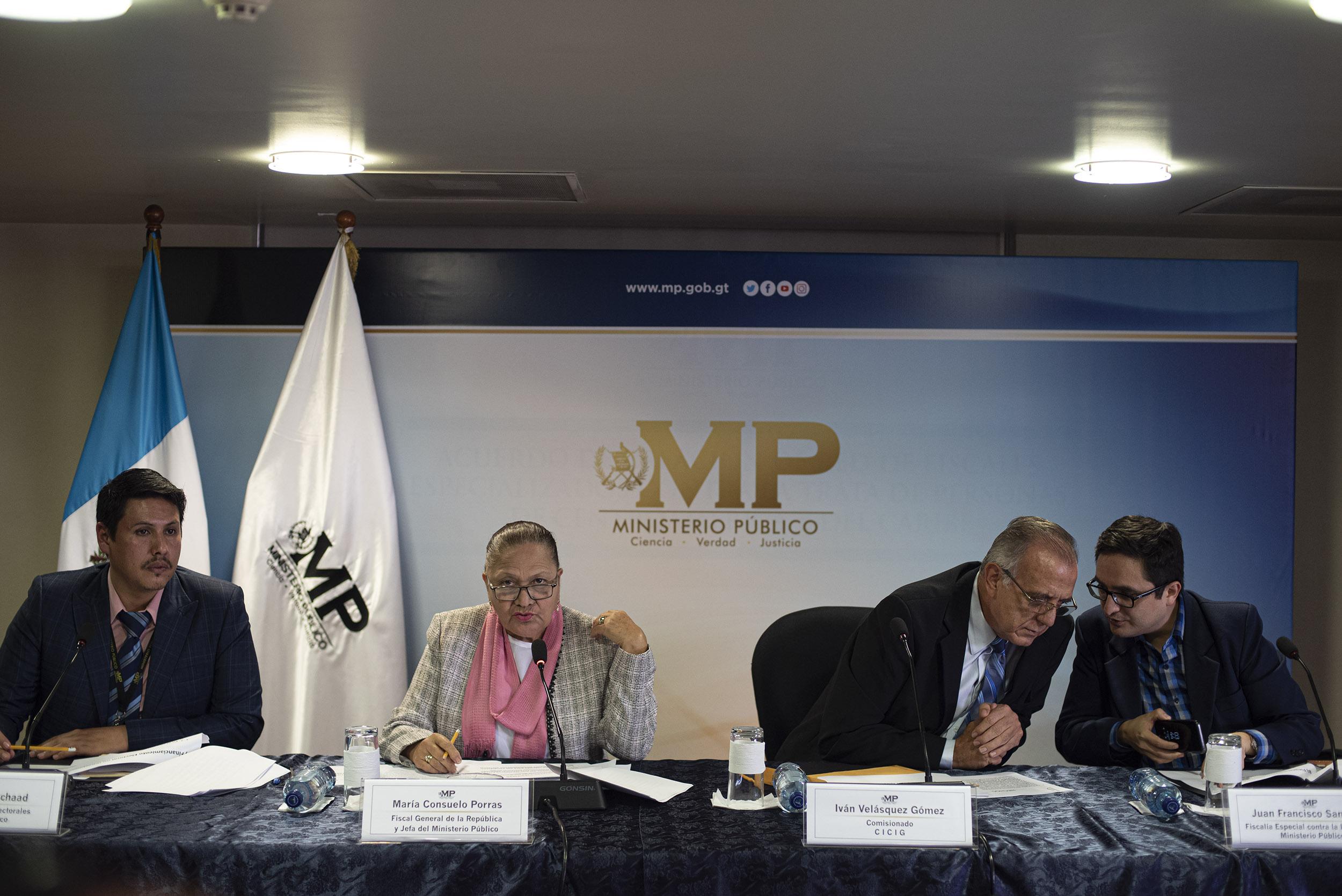 Consuelo Porras, Ivan Velasquez y Sandoval