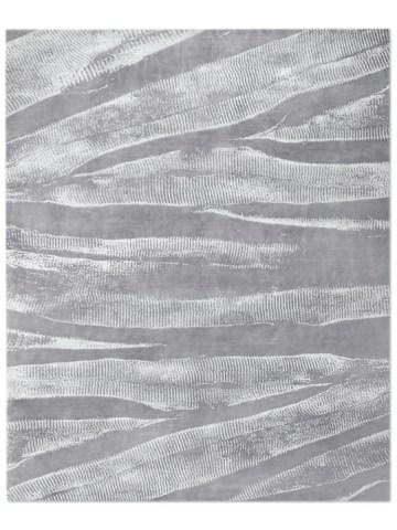 Ebu in Silver, 10 ft. x 14 ft.