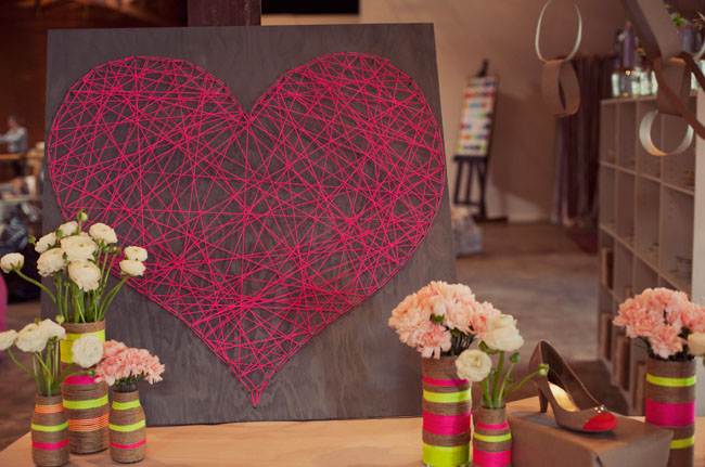 DIY string heart - 25+ Valentine's Day Home Decor Ideas - NoBiggie.net