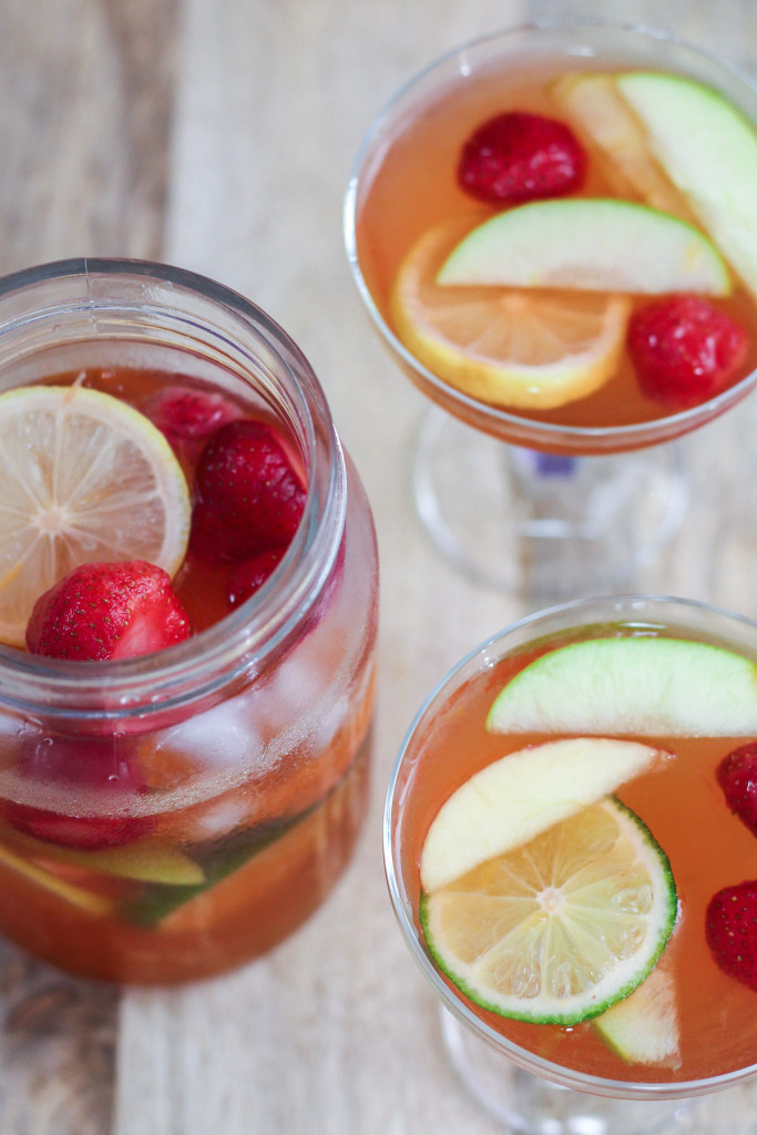 Sangria | 25+ Non-Alcoholic Punch Recipes