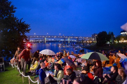 Even as darkness fell, our fans remained! Photo: Stephanie Kramer