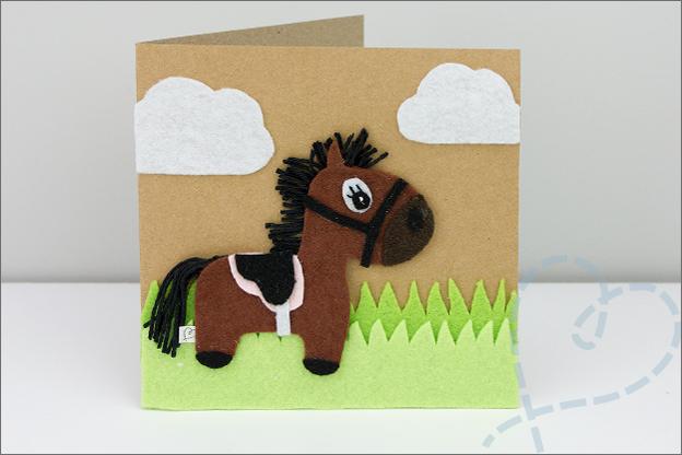 kaartje met paard