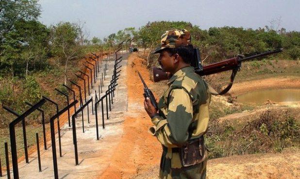 BSFJawanattheIndia-Bangladeshborder-Reuters-640x381.jpg
