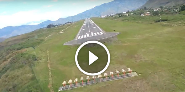 One Of The Most Dangerous Landings Shot In Colombia Cockpit View In 1080p I Get Queasy Just By