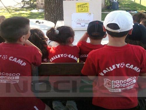 07-29-bambini_attivit_adelante