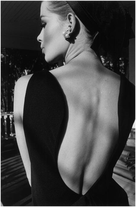 © Jeanloup Sieff. Le dos d'Astrid, Palm Beach, Harper's Bazaar, 1964