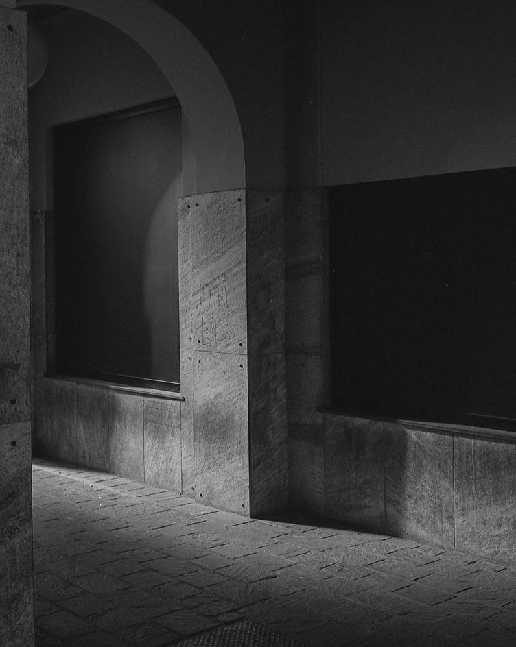 © Domenico Cichetti. Penombra (Leica CL + Summicron-c 40mm f2.0 – Ilford FP4+)