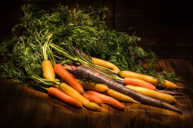 © Emanuele Giachet. Frutta, verdura, luce q.b.