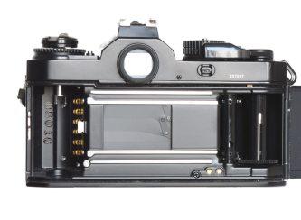 29-fm3a-caricamento-pellicola-2-1080x794