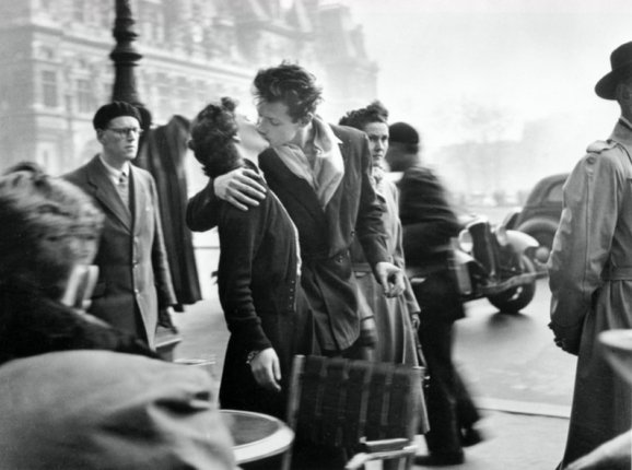 Robert Doisneau, Il bacio dell'Hôtel de Ville, 1950