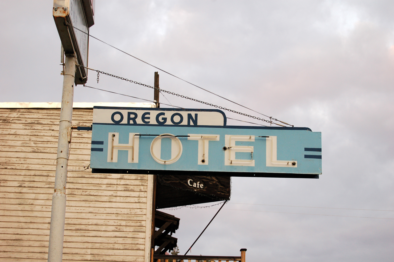 Hotel Oregon, Mitchell, OR