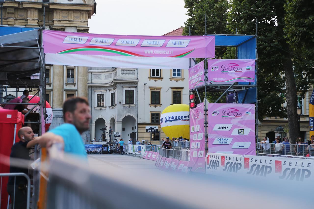Giro Rosa Start