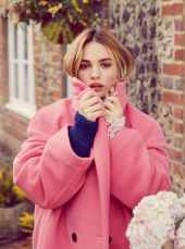 Lily-James-Harper's-Bazaar-UK-April-201800010