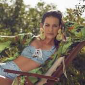 Evangeline-Lilly-Shape-Malaysia-NovemberDecember-03