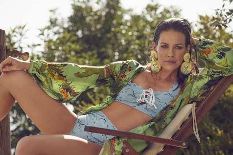 Evangeline-Lilly-Shape-Malaysia-NovemberDecember-06