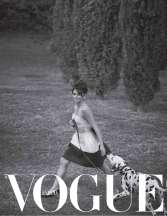 Penelope-Cruz-in-Vogue-Magazine-03