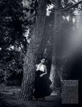 Penelope-Cruz-in-Vogue-Magazine-15