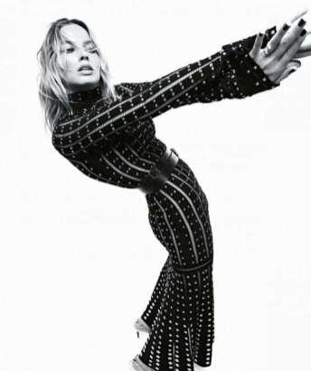 Margot Robbie in Vogue Australia 11