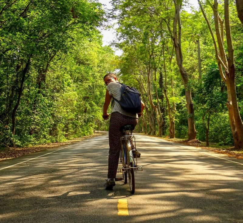 Cycling round Kamphaeng Phet Historical Park