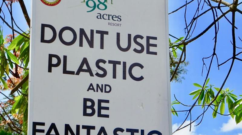 Don't Use Plastic sign