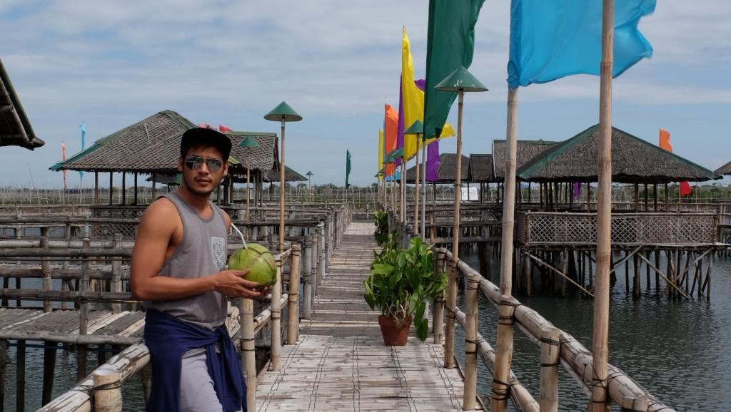 Island Cove Hotel & Leisure park, An Island resort near Manila