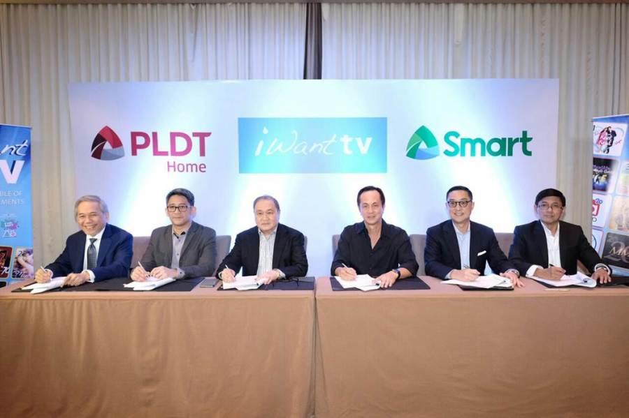 pldt-smart-abs-cbn-partnership-signing