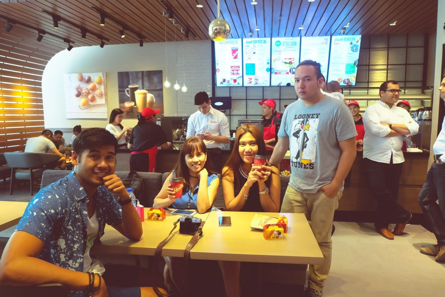 tim hortons in Uptown Bonifacio Taguig City (24 of 24)