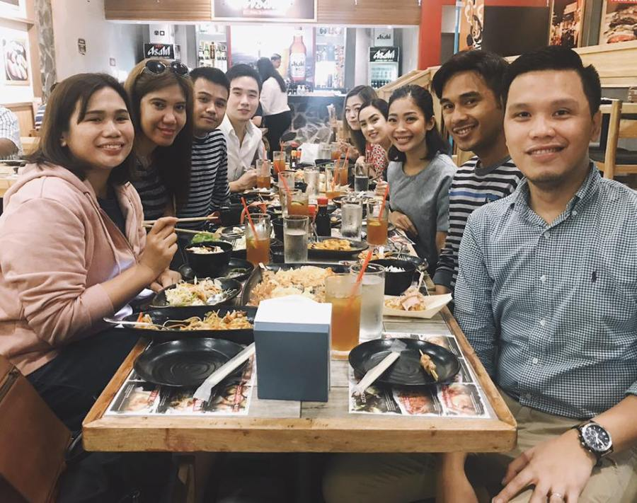 bloggers at ichiba