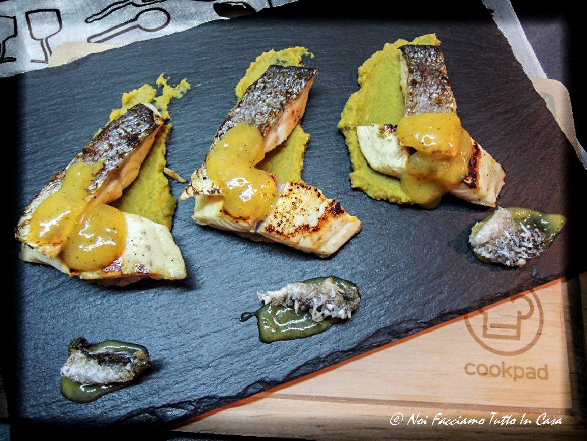 Trancetti di Orata marinati con crema di piselli e salsa all'arancia