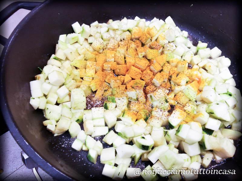 gnocchi di patate con curcuma e zucchine