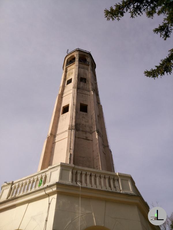 The light above COMO: Volta's lighthouse