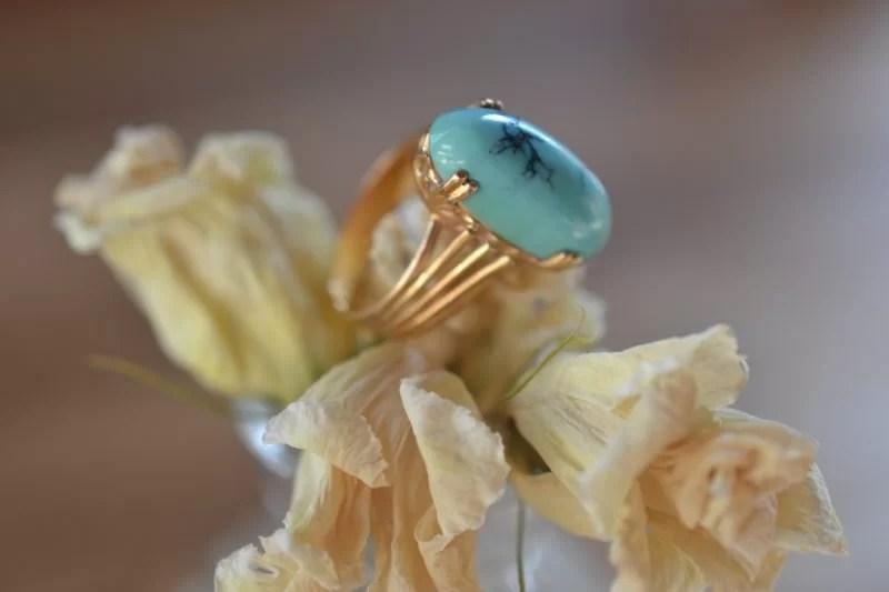Bague Griffée D'une Turquoise Veinée