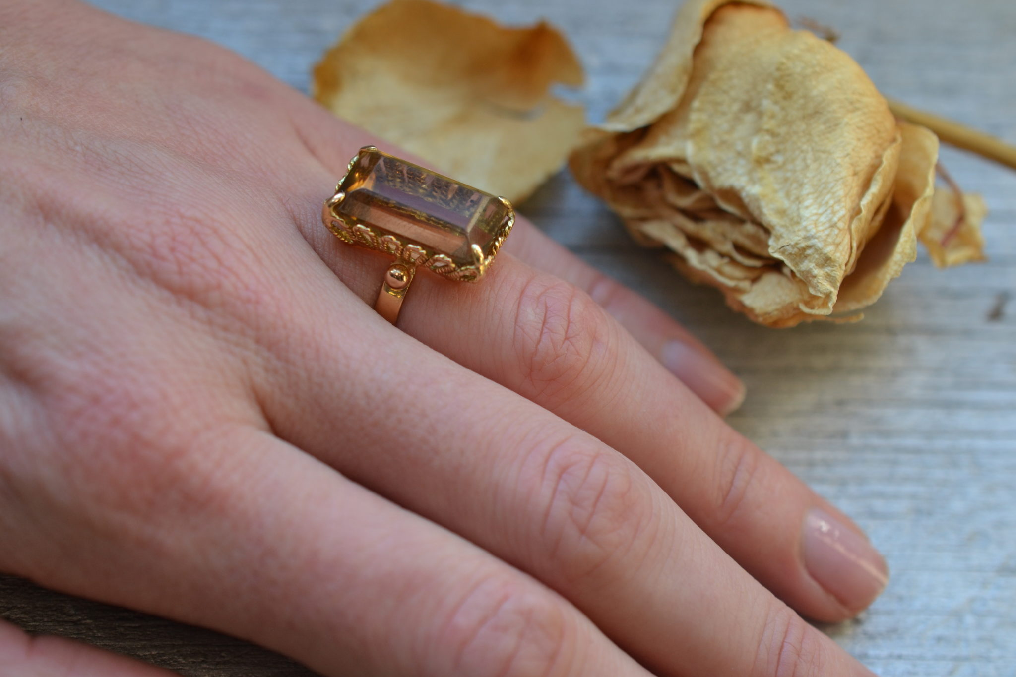 bague citrine or 18 carats ancienne