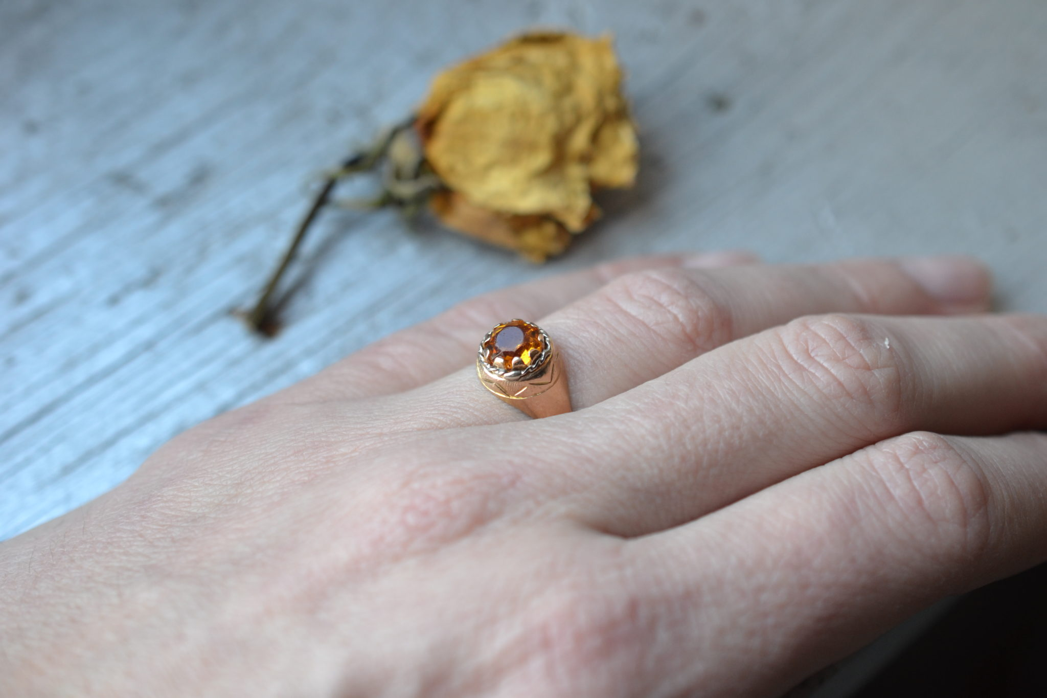 bague ancienne en Or jaune massif 18 carats citrine - bijou vintage - un bijou noircarat