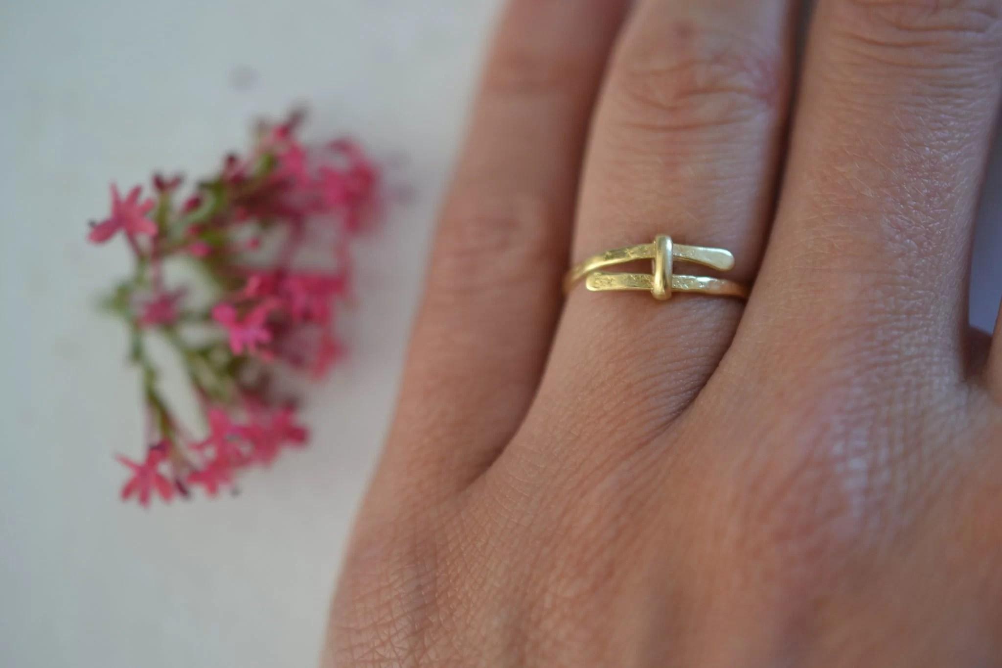 bague martelée en or - Bijou vintage certifé - 18 carats 750:1000 - bijoux éthique