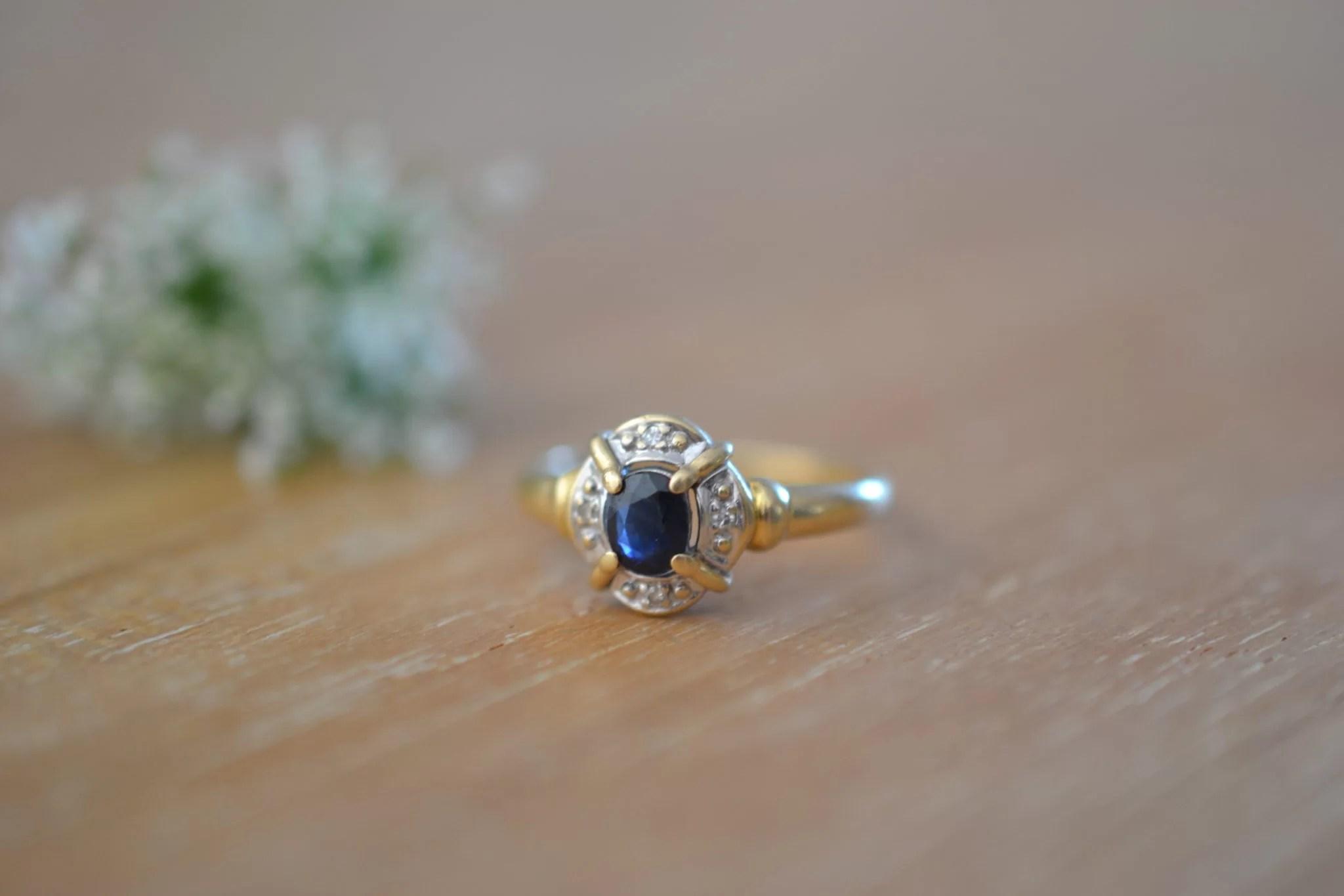 bague saphir et Or jaune et blanc pavage - bijou ancien - 18 carats 750/1000 - bijoux durables