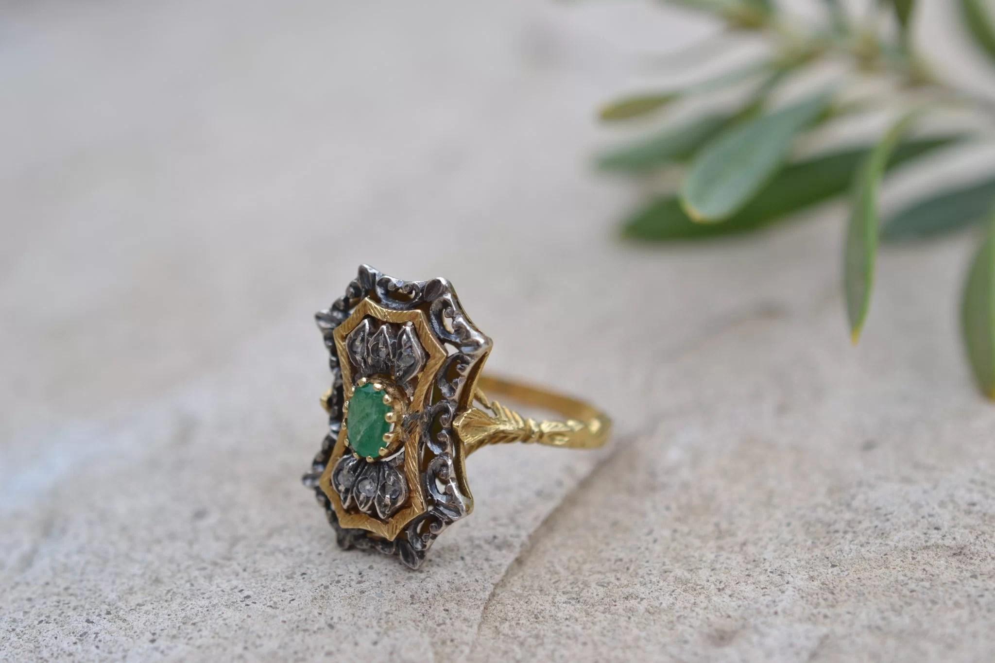 bague ancienne emeraude et diamants - en Or jaune 18 carats - bijoux bohèmes