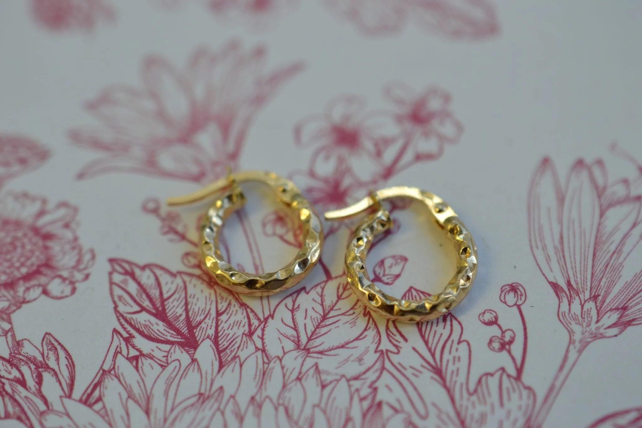 petites boucles d'oreilles anciennes en Or - petites créoles - Bijoux seconde main en or