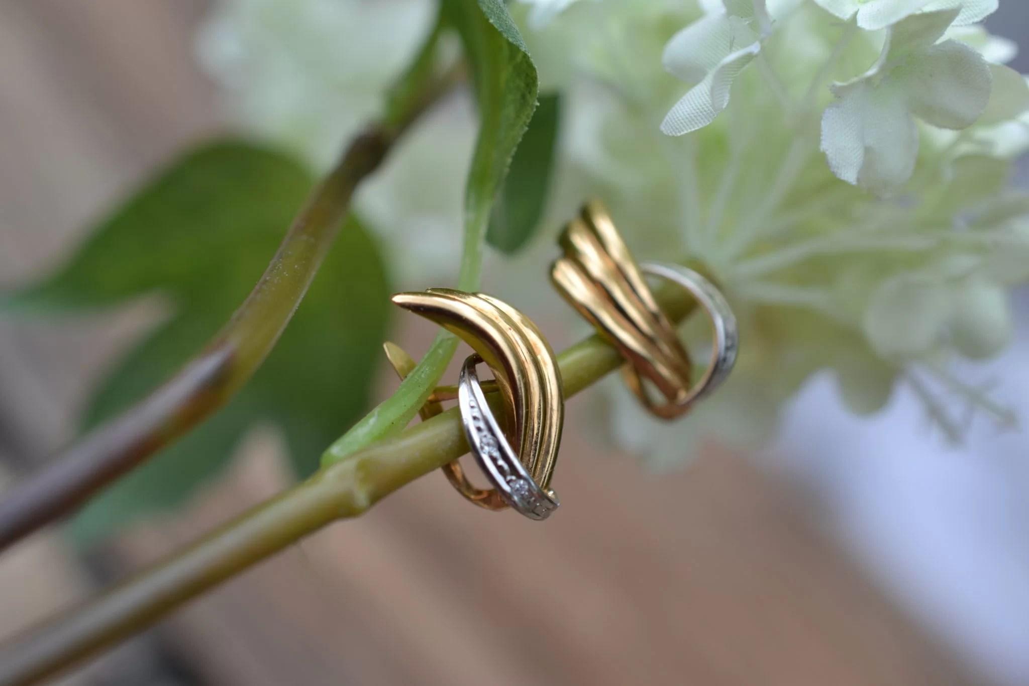 boucles d'oreilles anciennes en Or jaune et or blanc 18 carats - boucles d'oreilles pour mariage zéro déchet