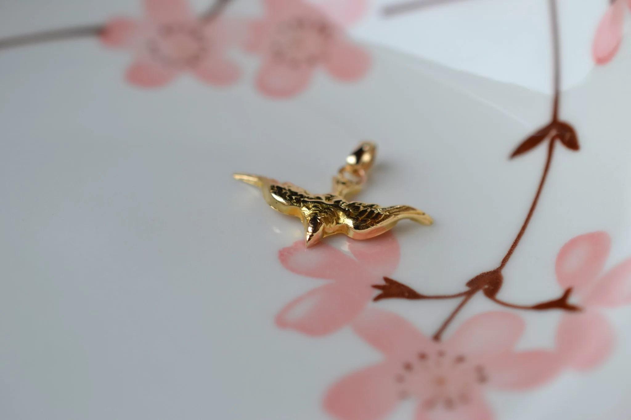 Pendentif En Or Jaune En Forme D_oiseau Bijou Vintage Et Rétro