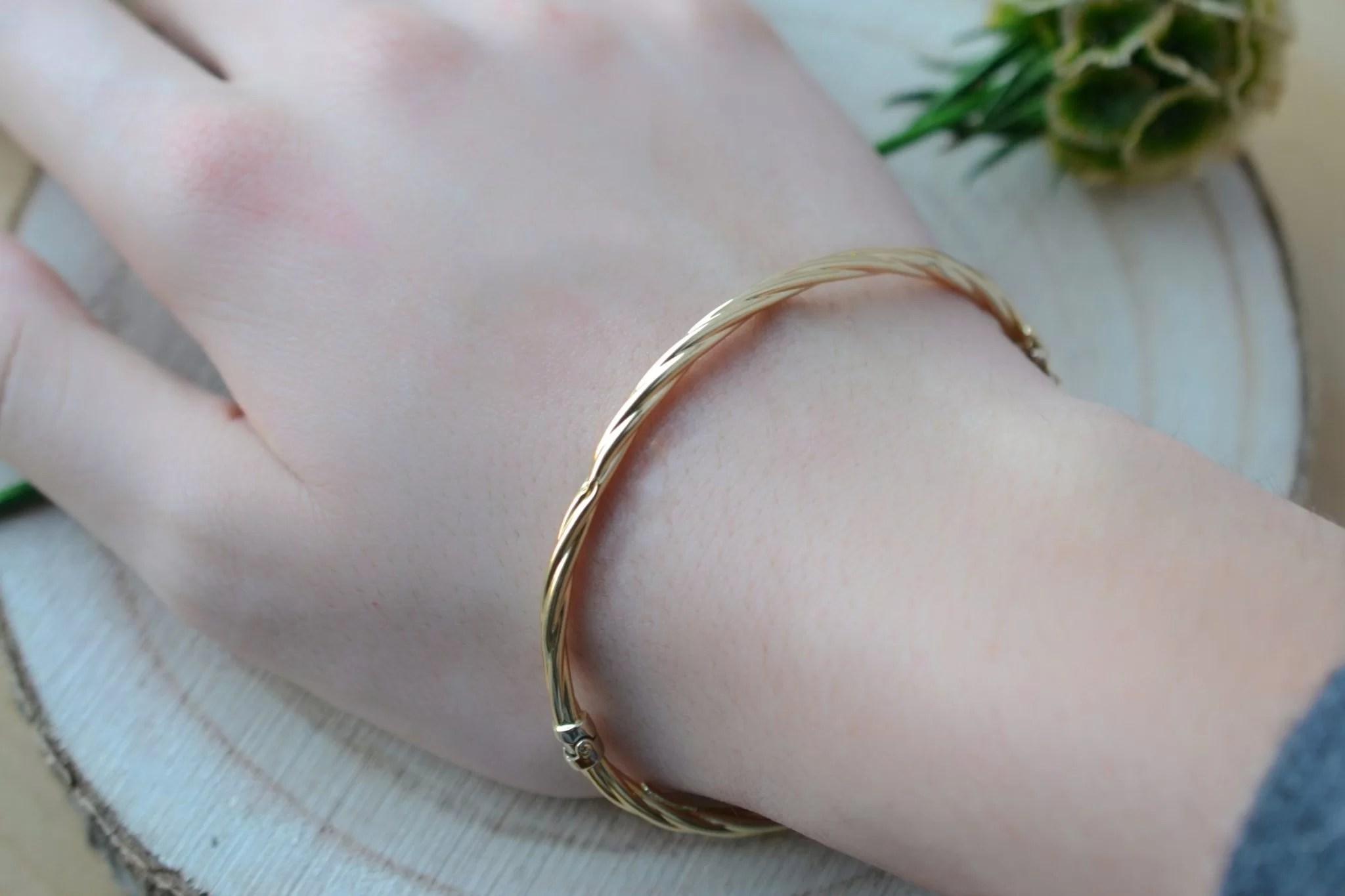 Bracelet rigide torsadé ouvrant en Or jaune - bijou éthique