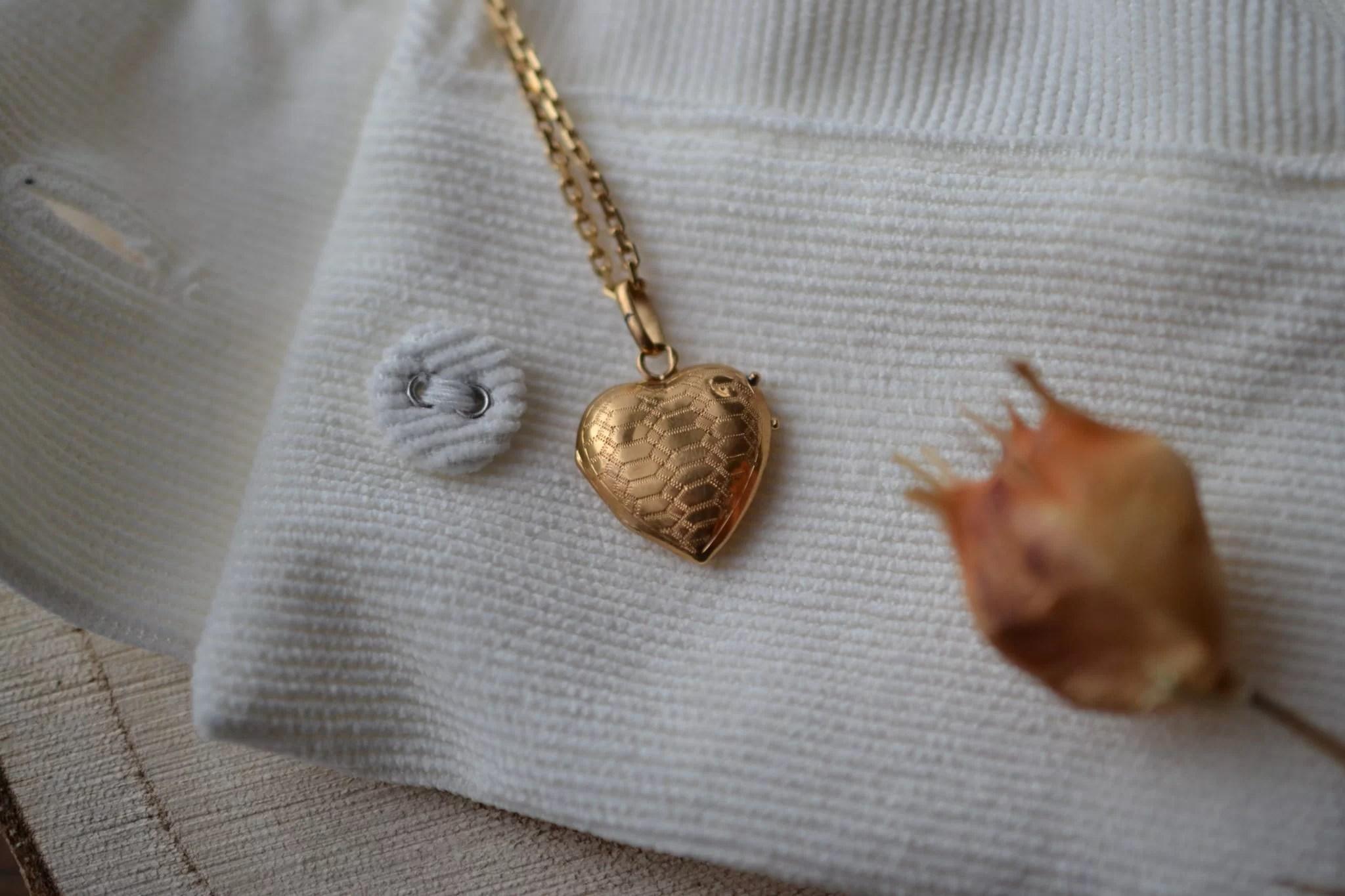 Pendentif ouvrant en forme de cœur en Or jaune - pendentif de seconde main
