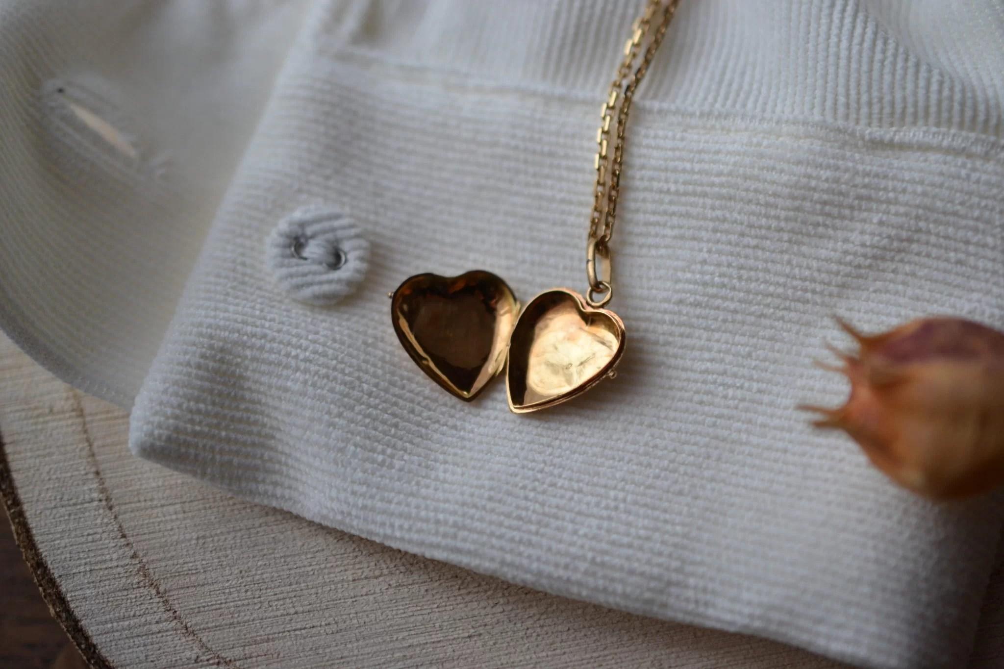 Pendentif ouvrant en forme de cœur en Or jaune - pendentif éthique
