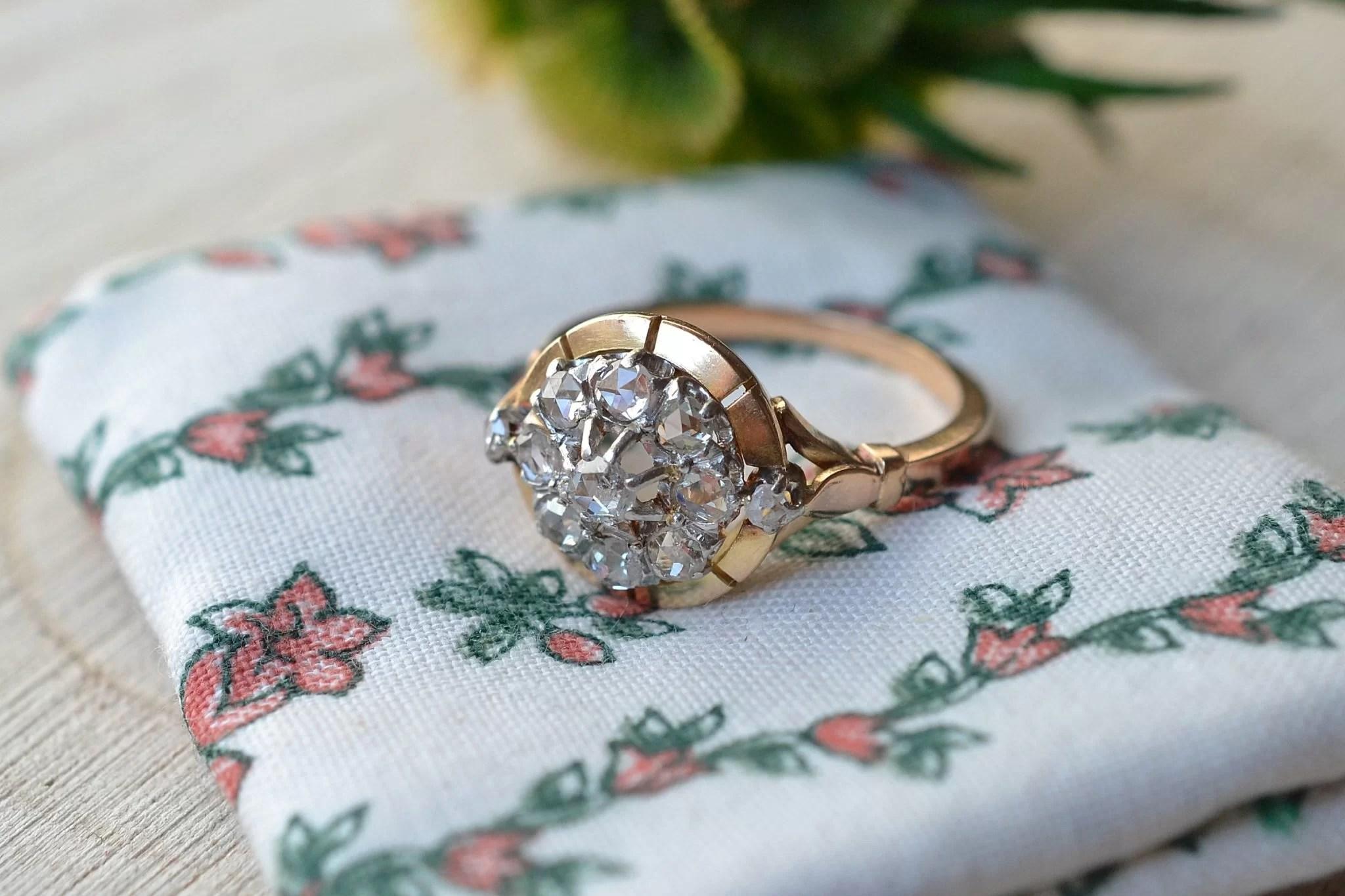 Bague en Or jaune enrichie de diamants - bague de fiançailles Vintage